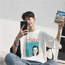 潮男士韩国夏装短袖T恤韩版宽松微章大码GD权志龙同款半袖上衣潮